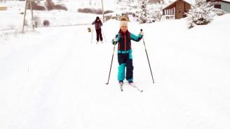 11 км внутрипоселковых дорог, а сколько еще тропинок и простора для лыжни!